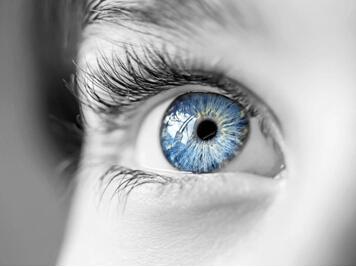 掌控糖尿病-糖尿病视网膜有哪些症状配图
