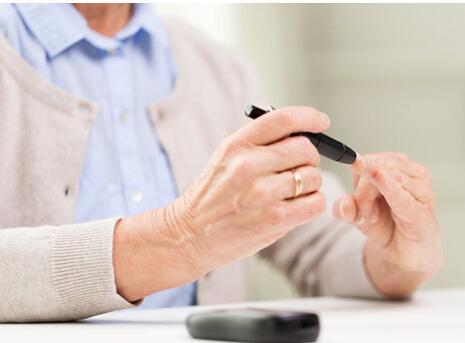 掌控糖尿病-测血糖控制配图