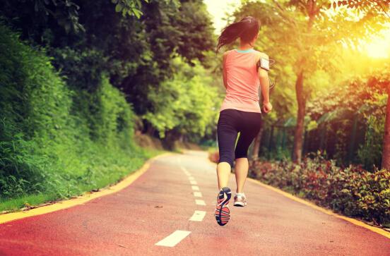 掌控糖尿病-糖尿病眼注意运动禁忌配图