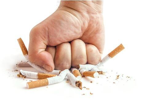掌控糖尿病-糖尿病人最好戒烟配图
