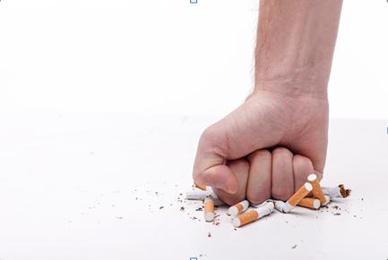掌控糖尿病-糖友吸烟的危害配图