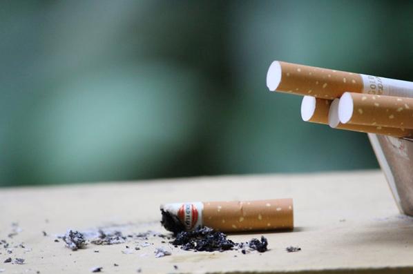掌控糖尿病-糖友可以吸烟吗配图